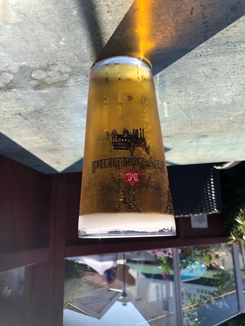 øl til hodet.png