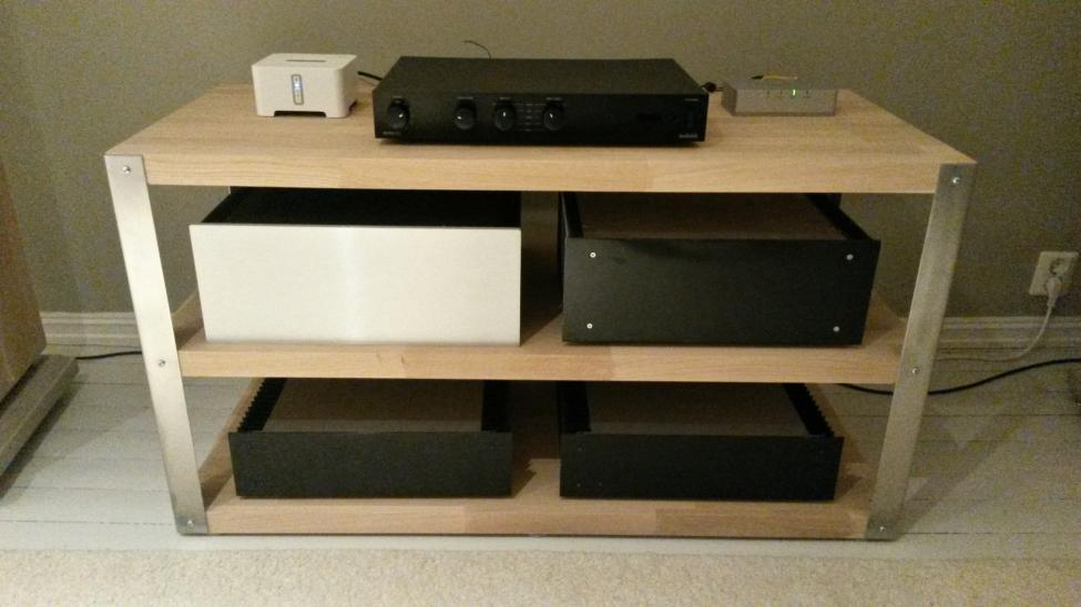 diy hifi rack diy projects ideas. Black Bedroom Furniture Sets. Home Design Ideas