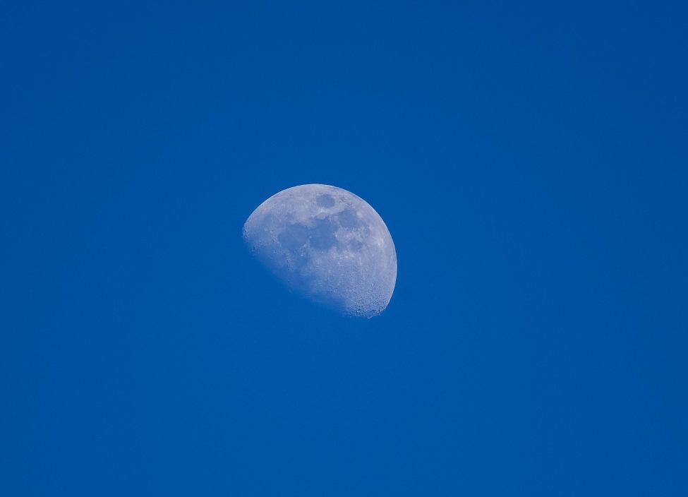 Navn:      20170405-DSC_1423 Månen.jpg Visninger: 286 Størrelse: 18.1 Kb