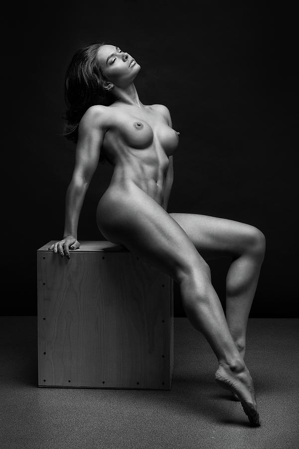 24-bodyscape-anton-belovodchenko.jpg