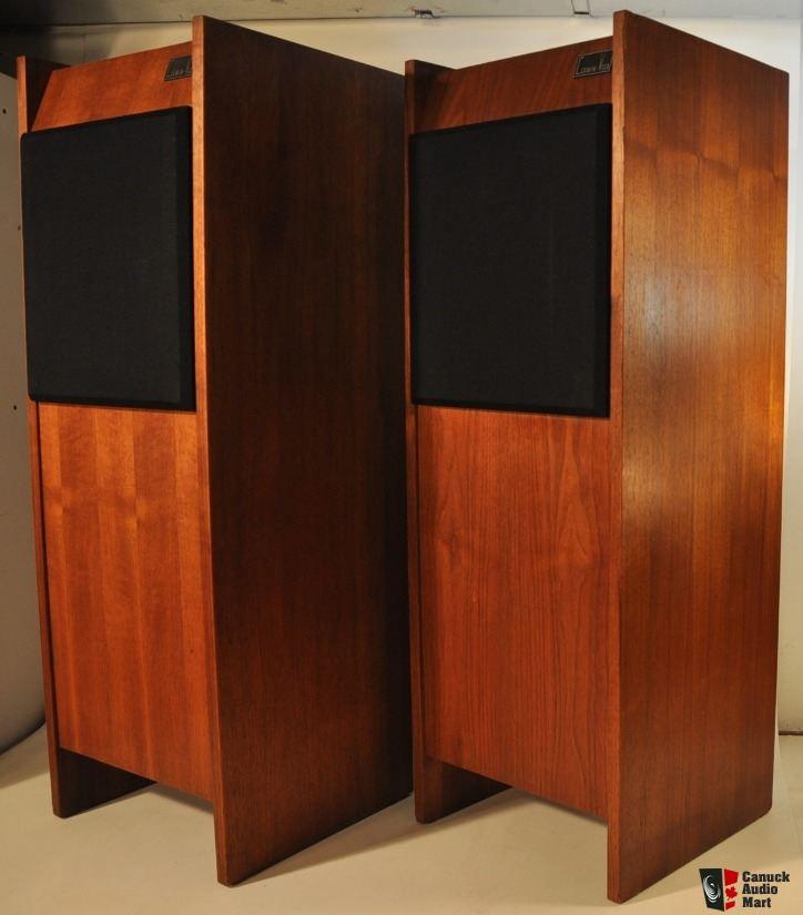 2510296-0f01a6d2-rare-vintage-cerwin-vega-12tr-folded-horn-tower-speakers.jpg