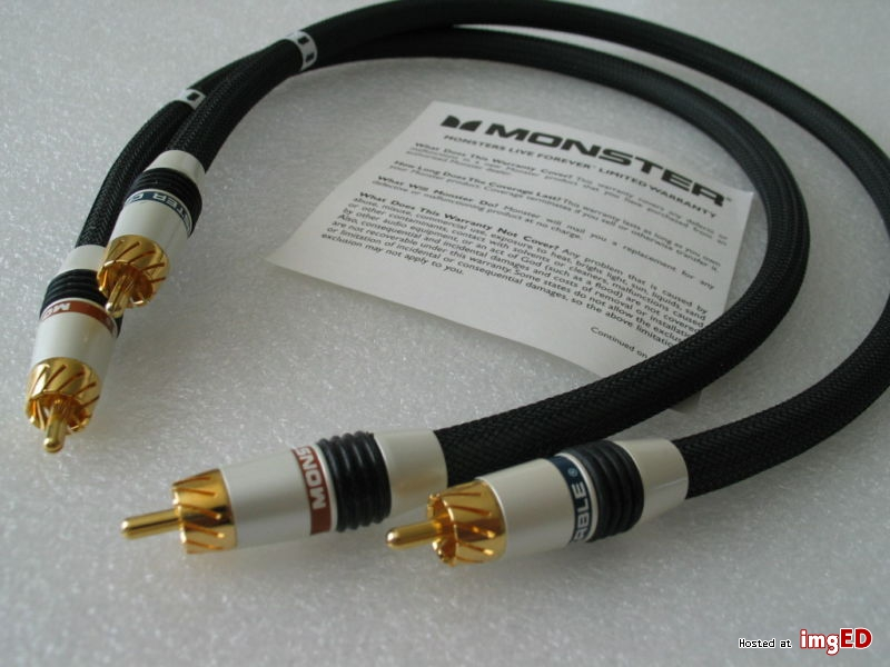 5m-monster-cable-m-series-m1000-genii-rca-audiophile-interconnect-cable-pair.jpg