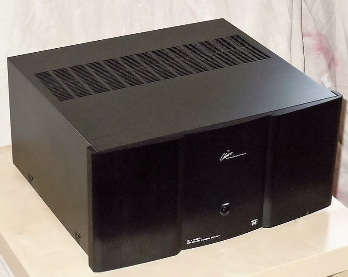 978555-chiro-by-kinergetics-c500-5-channel-amplifier.jpg