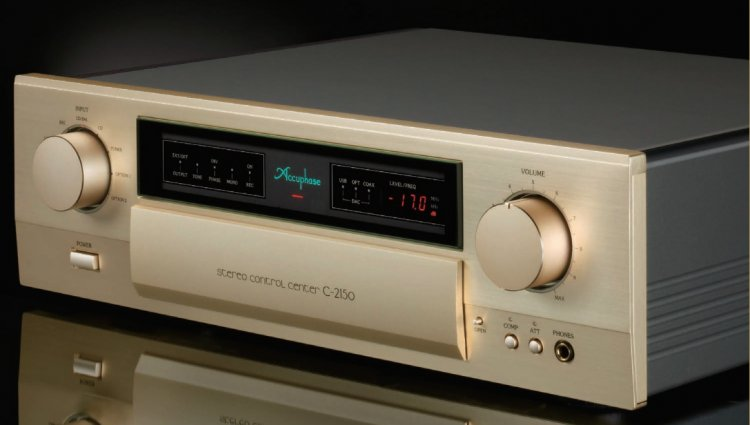 Accuphase C-2150.jpg
