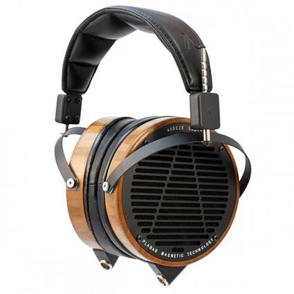Navn:      Audeze-LCD2-Bamboo-Leather-Hanging-600x600.jpg Visninger: 779 Størrelse: 99.4 Kb