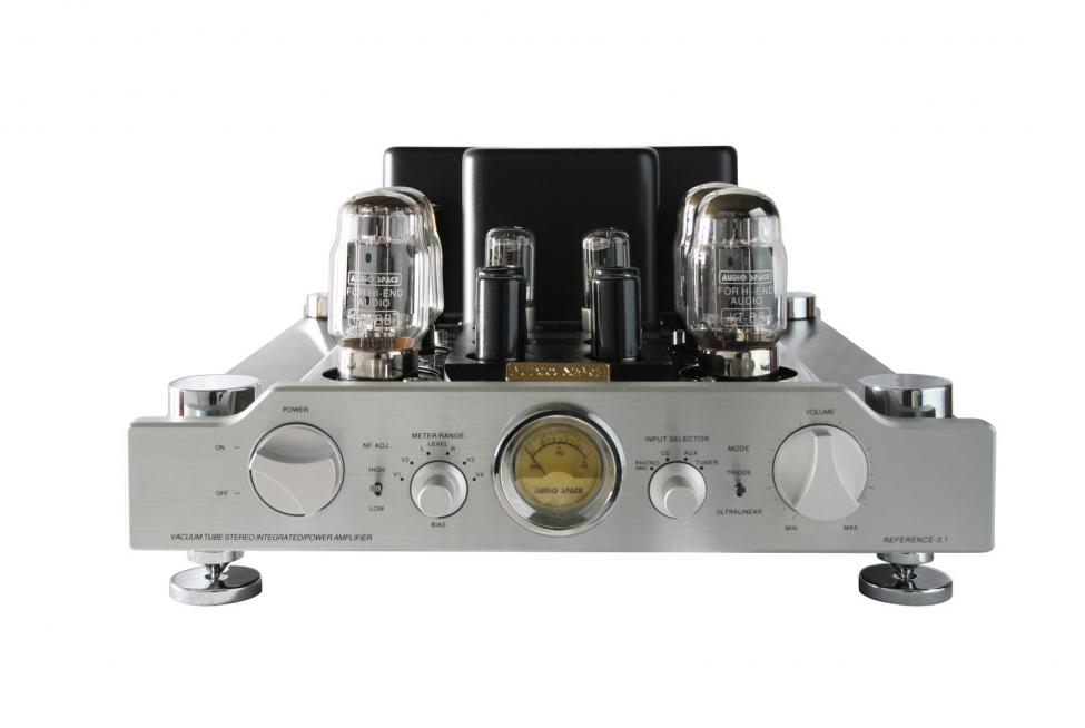 Navn:      AudioSpace-Ref3.1-KT88-front.jpg Visninger: 721 Størrelse: 40.7 Kb