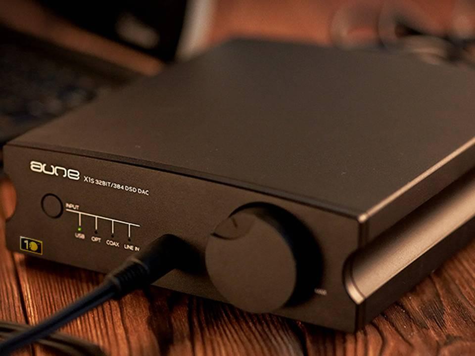 Navn:      Aune-X1s-10th-Anniversary-Edition-32BIT-384K-DSD128-DAC-HIFI-Audiophile-Headphone-Amplifier.jpg Visninger: 467 Størrelse: 54.0 Kb
