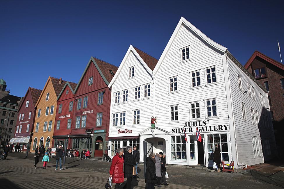Navn:      Bergen I 1200.jpg Visninger: 464 Størrelse: 121.0 Kb