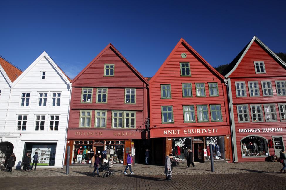 Navn:      Bergen II 1200.jpg Visninger: 452 Størrelse: 106.4 Kb