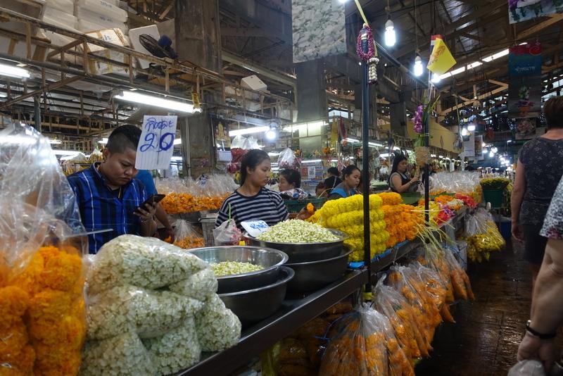 Navn:      blomstermarked.JPG Visninger: 416 Størrelse: 417.3 Kb