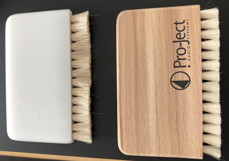 brushes-new-left-old-right-.jpg