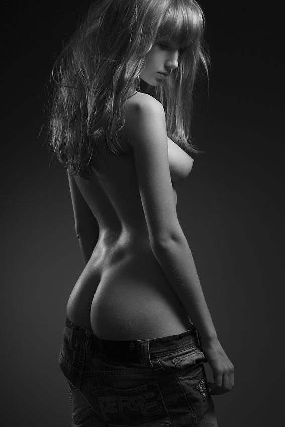 bw-erotica-vol11-22.jpg
