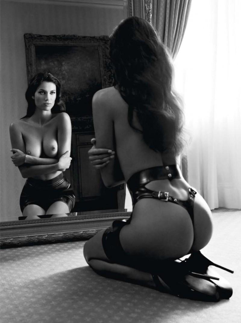 bw-erotica-vol11-31-800x1071.jpg