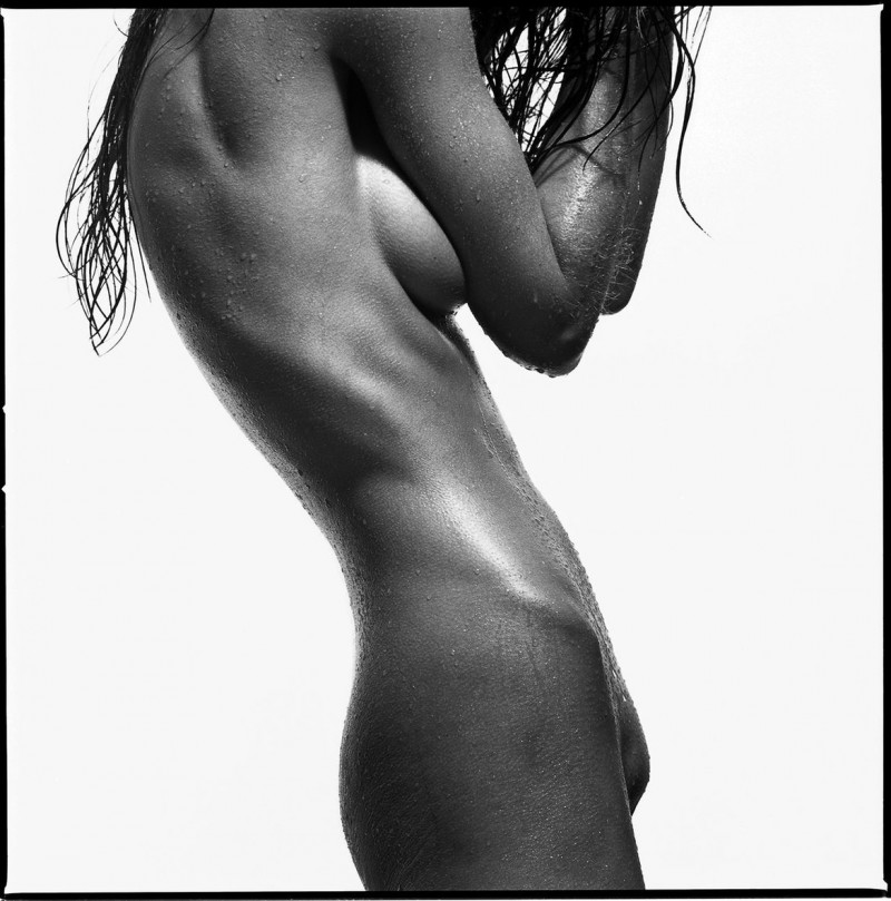 bw-erotica-vol11-39-800x809.jpg