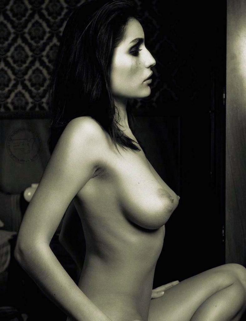 bw-erotica-vol11-61.jpg