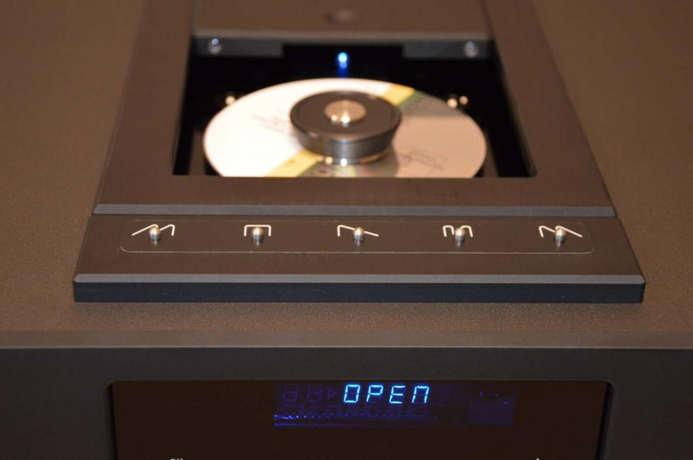 Navn:      CD8 S black top drawer.jpg Visninger: 332 Størrelse: 40.2 Kb