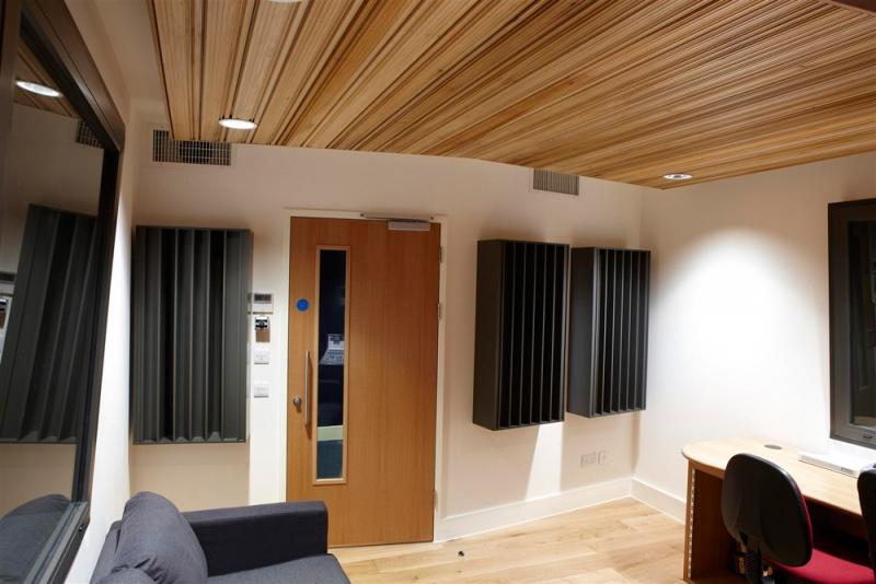 Navn:      ceiling studio.jpg Visninger: 588 Størrelse: 126.6 Kb