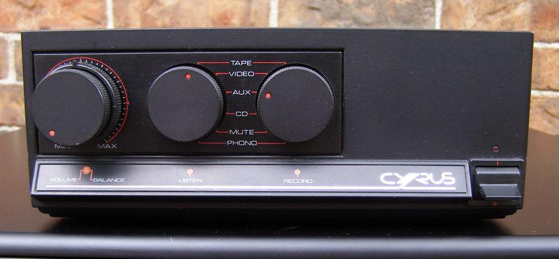 ¿Cual es vuestro amplificador vintage favorito? - Página 2 57198d1335553776-restaurere-mission-cyrus-one-cyrusone_face