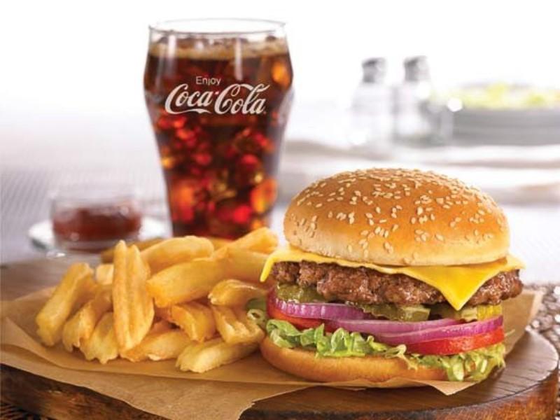 Navn:      dennys_cheeseburger_hamburger_french_fries_coke-800w_600h.jpg Visninger: 360 Størrelse: 87.0 Kb
