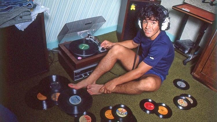 Navn:      Diego-Maradona-3.jpg Visninger: 433 Størrelse: 116.4 Kb