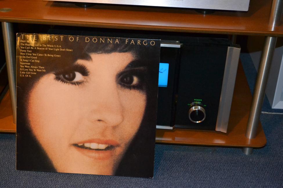 Navn:      Donna Fargo 001.jpg Visninger: 4074 Størrelse: 70.2 Kb