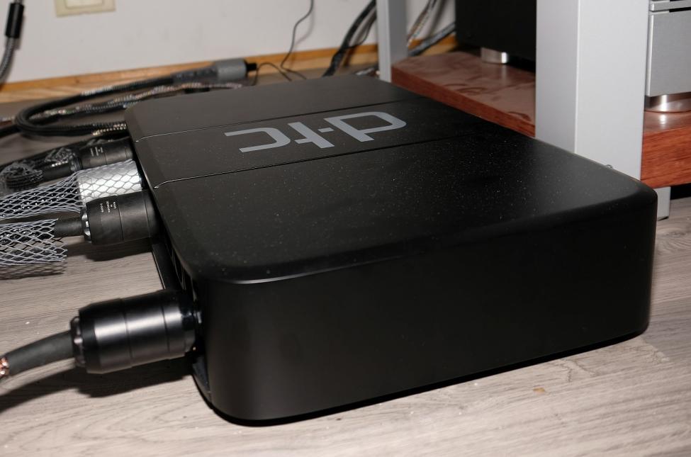 DXT21977a.jpg