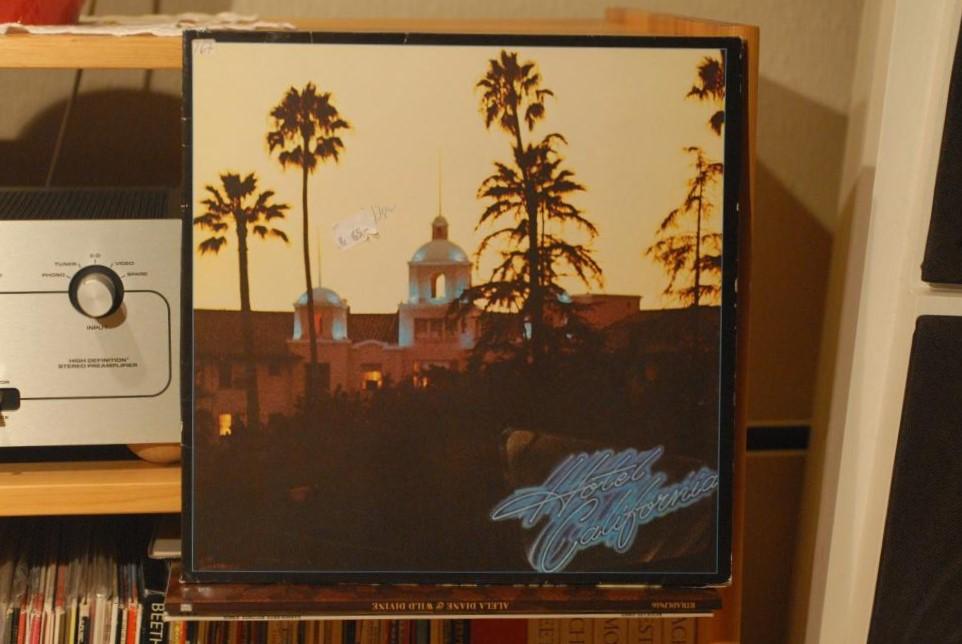 Navn:      Eagels hotel California.jpg Visninger: 340 Størrelse: 133.2 Kb