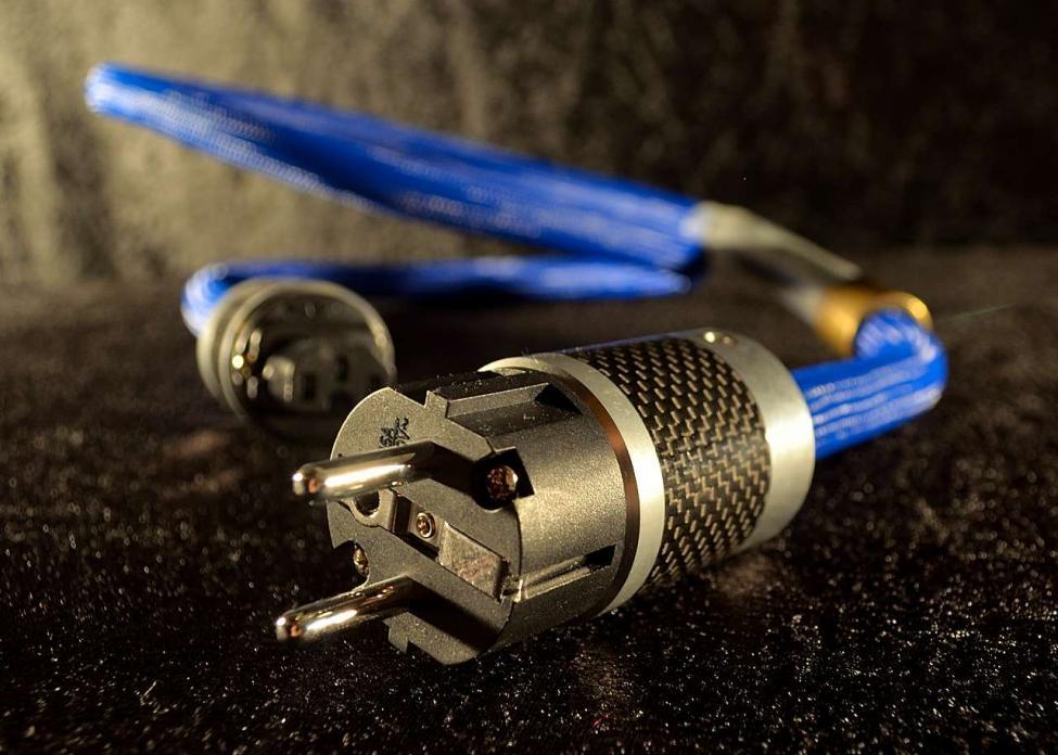 Navn:      Edison coil high end power cable 06.jpg Visninger: 620 Størrelse: 88.9 Kb
