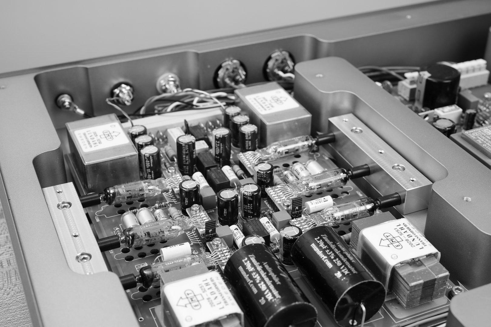 EMT 128-3.jpg