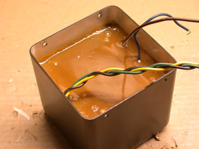Rock and Roll Combos and potted transformers 141966d1340306205-problemer-med-grunnsta-y-nettsta-y-trafosta-y-epoxy_transformer