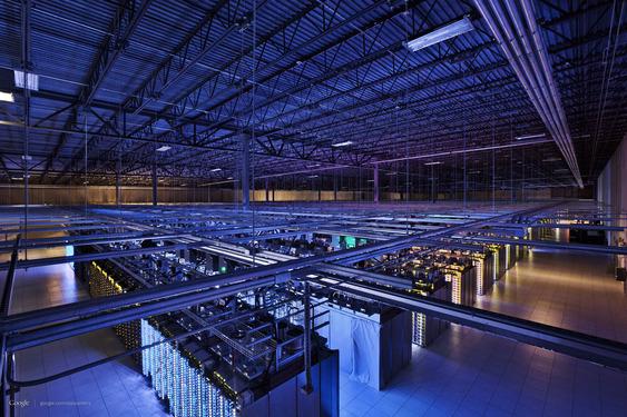 Navn:      google-datacenter-tech-02.563x375!.jpg Visninger: 326 Størrelse: 134.4 Kb