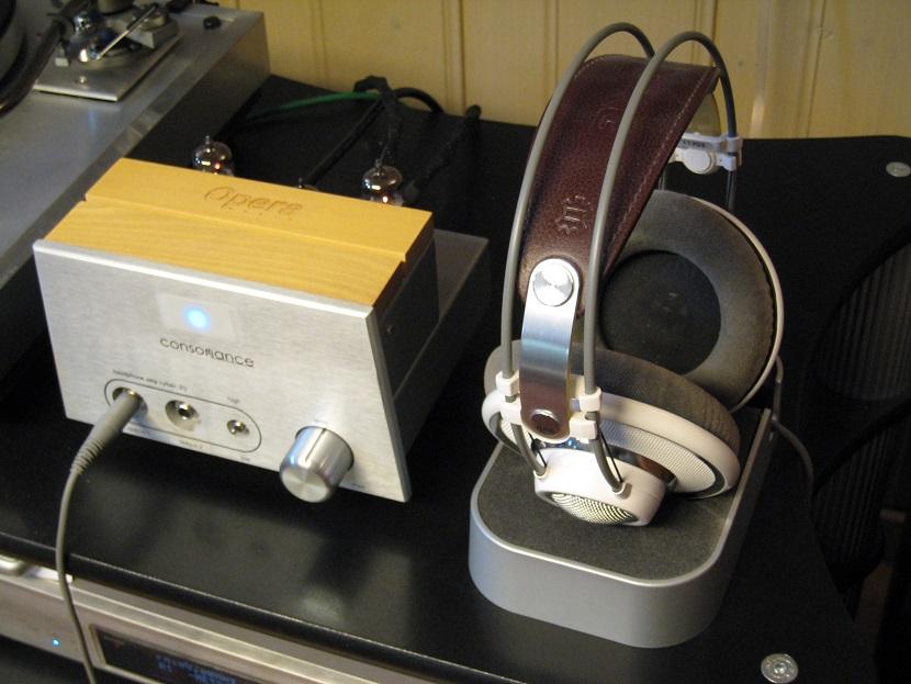 Navn:      Headphones_001.JPG Visninger: 86 Størrelse: 156.7 Kb