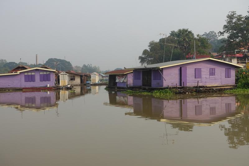 Navn:      hus elv.JPG Visninger: 411 Størrelse: 247.0 Kb