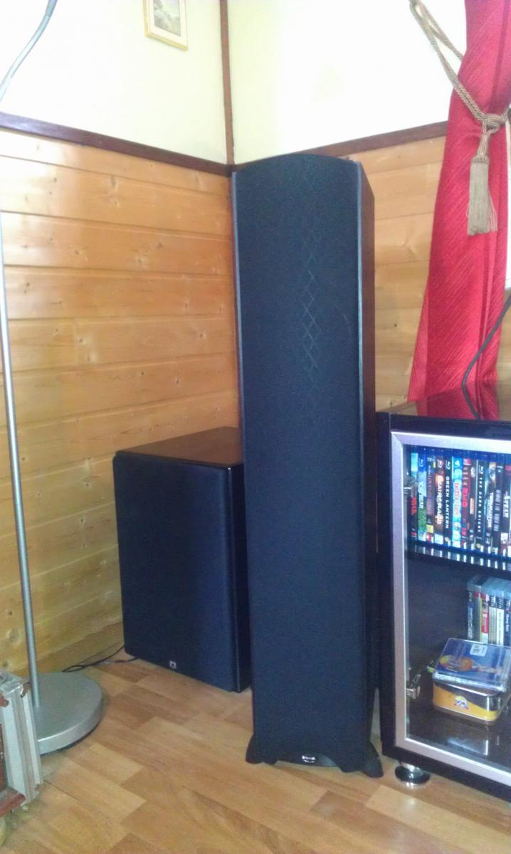 tceteams lille hjemmekino. Black Bedroom Furniture Sets. Home Design Ideas