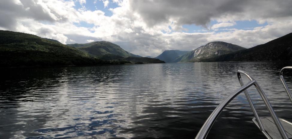 Navn:      inn grunnfjorden 1.jpg Visninger: 332 Størrelse: 67.5 Kb