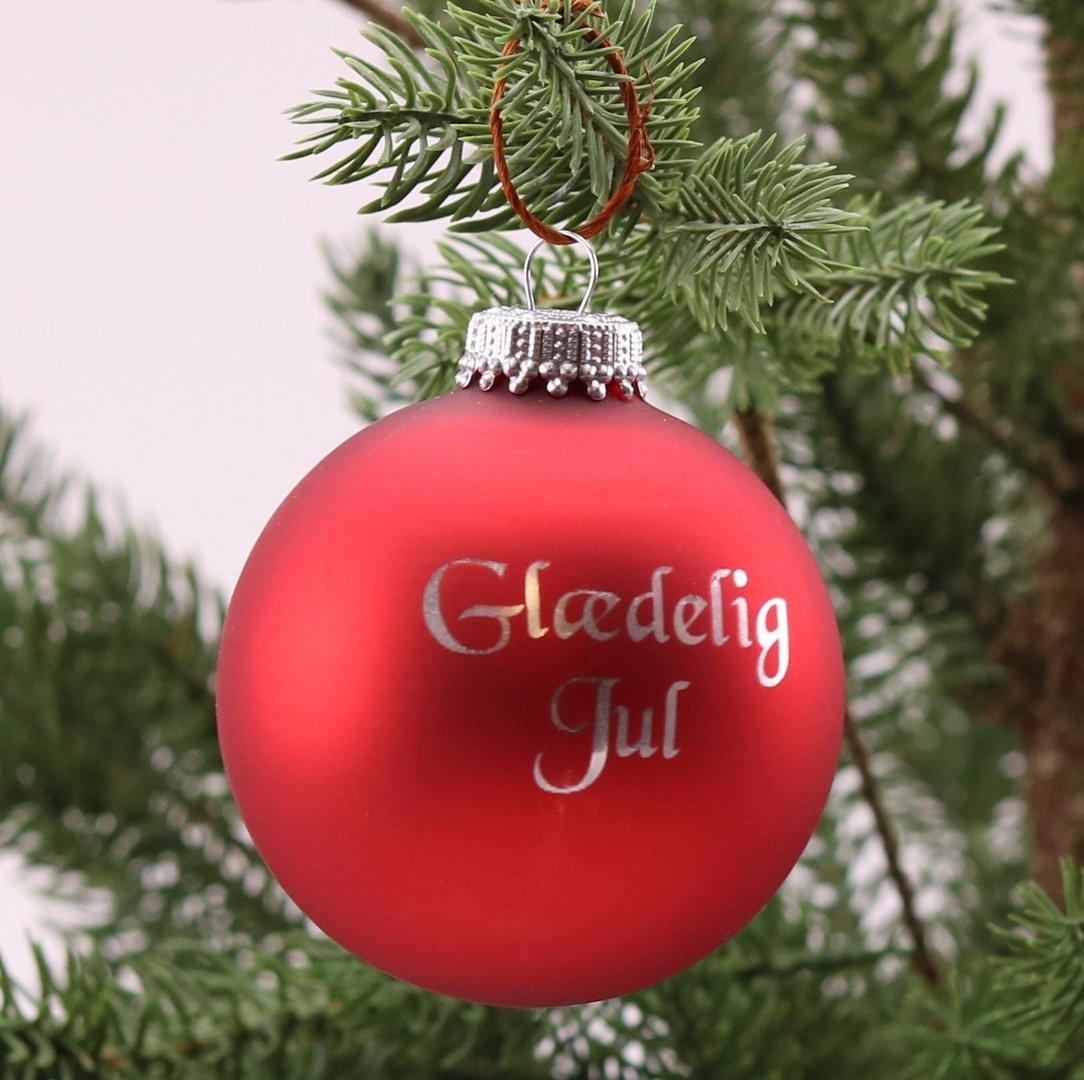 julekugle---glaedelig-jul---roed-mat-fit-2000x2000x75.jpg
