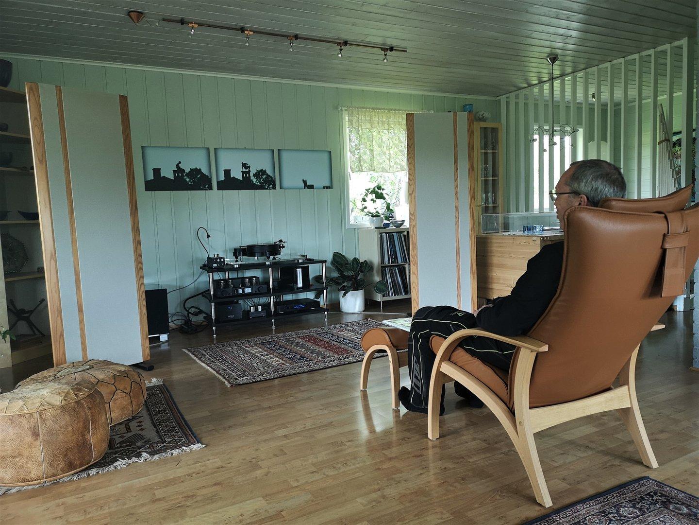 Juli Strøm på besøk.jpg