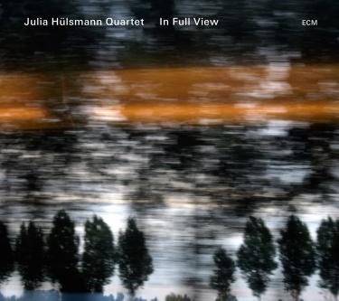 Navn:      julia-hulsmann-quartet-in-full-view_2_2013-04-18-12-48-41.jpg Visninger: 1091 Størrelse: 49.9 Kb