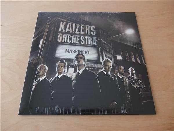 Navn:      kaizers-orchestra-maskineri-lp-1st-utgave.jpg Visninger: 110 Størrelse: 29.3 Kb