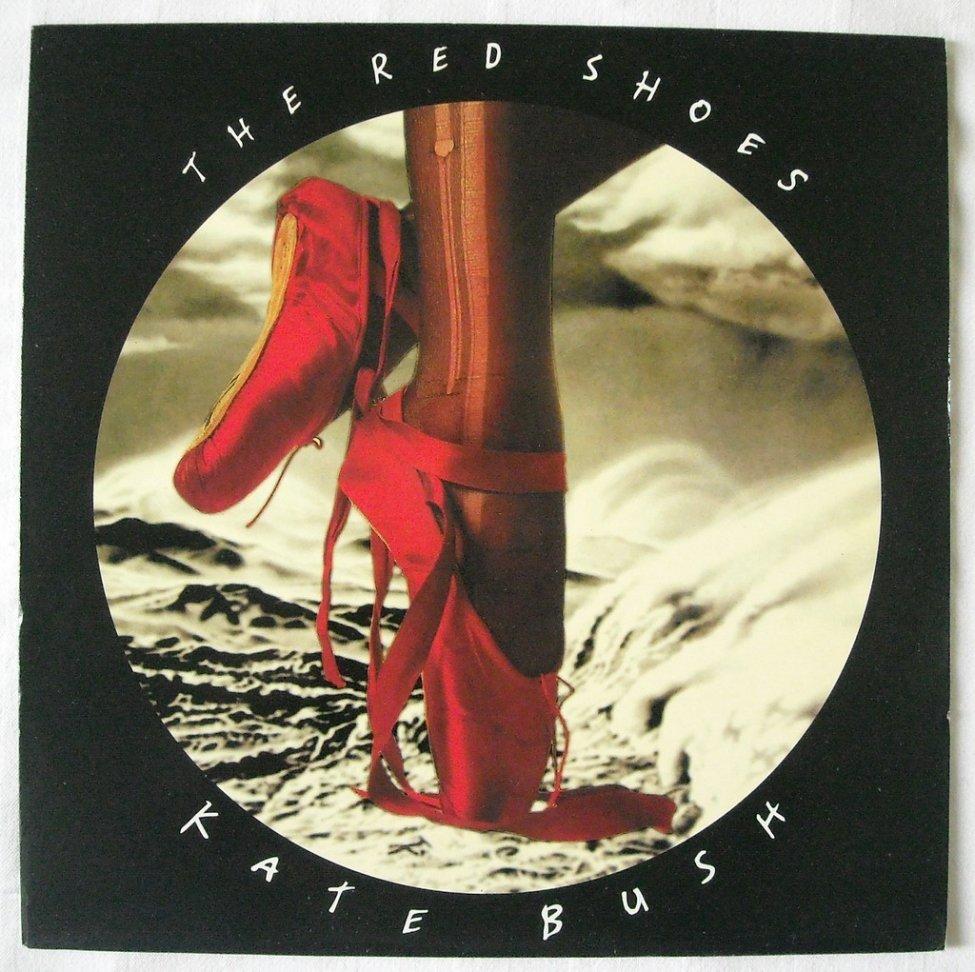 Navn:      kate-bush-_-the-red-shoes-1993-lp-vinyl-cover.jpg Visninger: 249 Størrelse: 168.6 Kb
