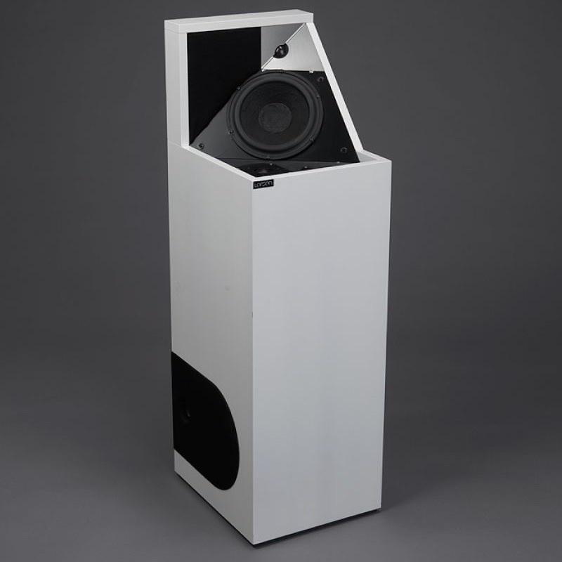 larsen-hifi-82-loudspeaker.jpg