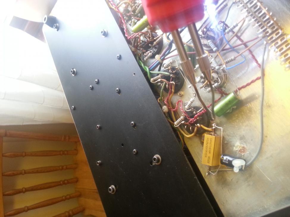 Navn:      Lodder inn god kondensator.jpg Visninger: 871 Størrelse: 69.6 Kb