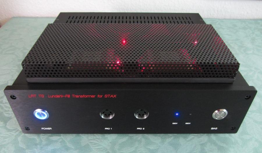 Navn:      LRT J&J Lundahl-Rill Transformer for STAX_900x900px-LL-1786db96_LRTTS_0476.jpeg Visninger: 508 Størrelse: 157.1 Kb