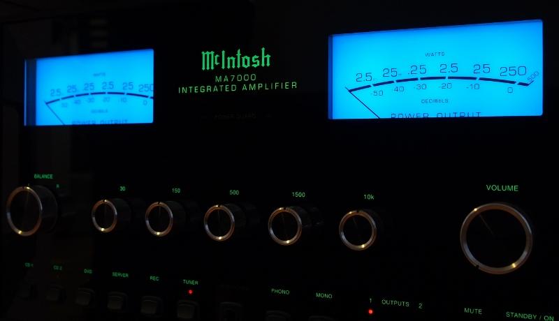 Navn:      McIntosh MA7000.jpg Visninger: 1898 Størrelse: 157.9 Kb