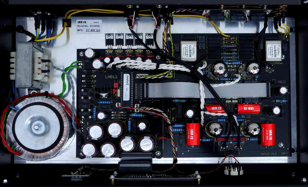 MELTO-4 innside.jpg