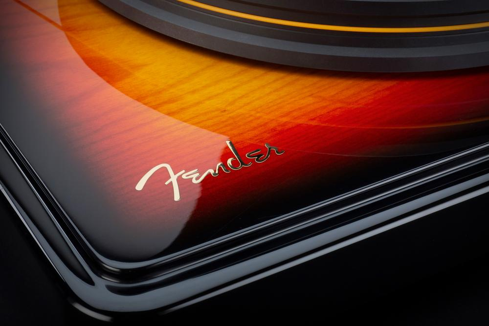 MoFi_Electronics_Fender_PrecisionDeck_Sunburst_08_Detail_Logo_1000x.jpg