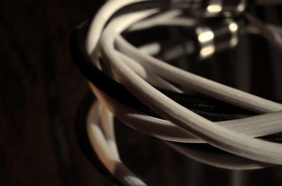 Navn:      Paradox Audio High End Power Cable_Marconi Coil_11.jpg Visninger: 626 Størrelse: 38.0 Kb