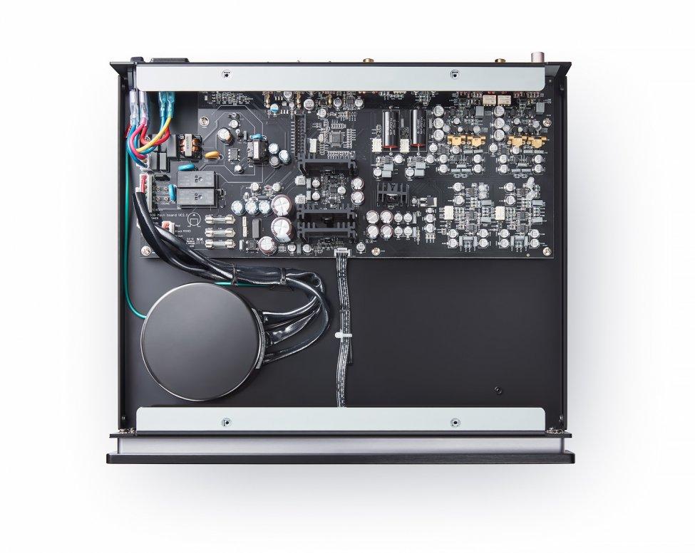 primare-r15-mmmc-phono-preamplifier-technology-inside.jpg