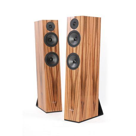 Navn:      pylon-emerald-hf-floorstanding-speakers.jpg Visninger: 364 Størrelse: 18.8 Kb