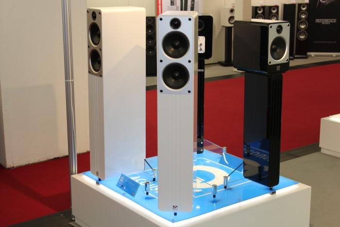 Navn:      q_acoustic_concept40.jpg Visninger: 426 Størrelse: 80.0 Kb